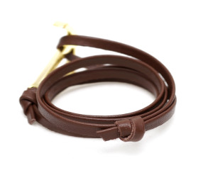 brown-leather-gold-anchor-bracelet